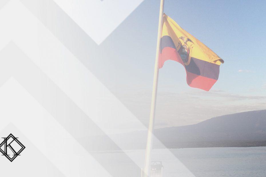 A imagem mostra uma bandeira do Equador e ilustra a publicação